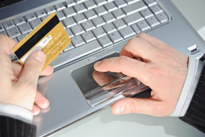 היתרונות של הצ׳קים לעומת אשראי?
