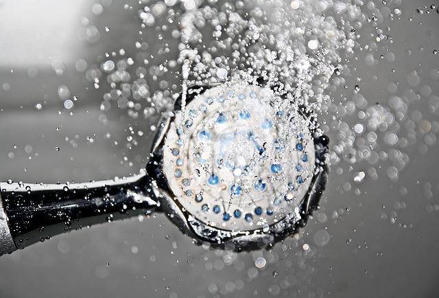 לחץ מים
